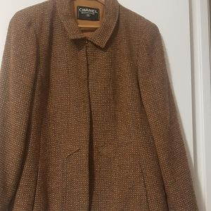 CHANEL Vintage Tweed Blazer.